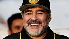 Maradona pidió al Flaco Gareca para dirigir a la selección
