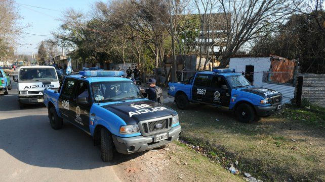 Hoy imputan a los 23 policías detenidos por delitos en Santa Fe