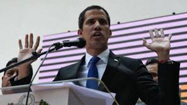 Inhabilitan a Guaidó para participar en elecciones