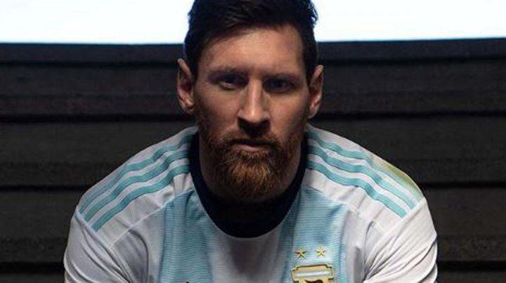 La semana pasada Messi volvió a la selección y presentó la nueva camiseta.