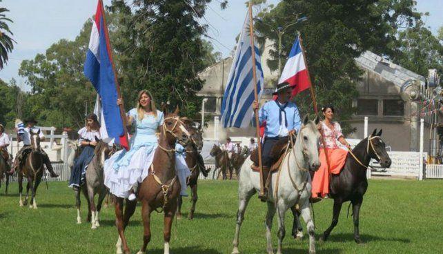 Destreza y tradición.Montevideo