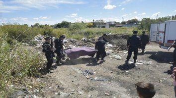 Entre los yuyales de Larralde al 3400, en el barrio Godoy, apareció el cuerpo sin vida de Mario Álamo.