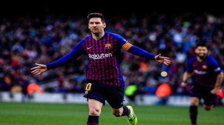 Festejo repetido. Lionel Messi se despachó con un doblete ayer ante Espanyol.