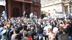 Los municipales realizaron un paro de 48 horas la última semana con una movilización al Palacio de los Leones, el martes.