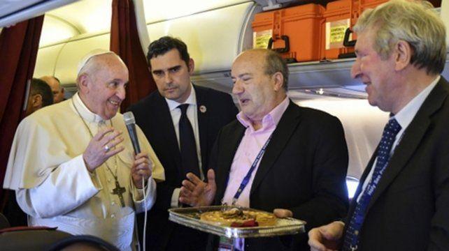 Francisco. El Papa habló en el avión