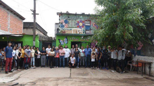 Unidos. Los voluntarios del Centro Cultural Alas para Crecer