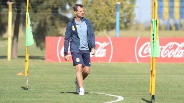 Cocca paró un mix en la práctica y puso al juvenil Villagra entre los titulares