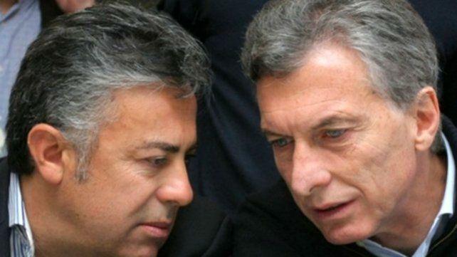 Macri necesita a la UCR para sobrevivir