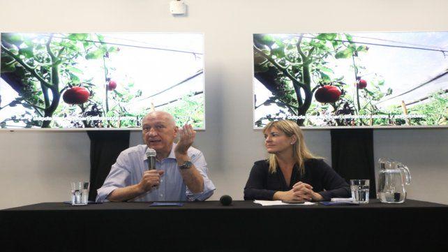 Los candidatos presentaron sus propuestas para la producción sustentable.