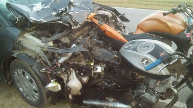 Dos jóvenes de Alcorta que iban en moto fallecieron en un choque en Bigand