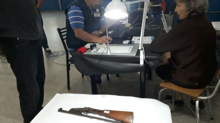 Lanzan en Rosario el programa nacional de entrega voluntaria de armas