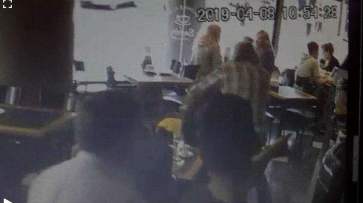Un video muestra cómo intentaron robar al DJ Hernán Albano