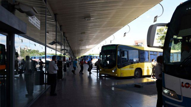 Los gremios del transporte anunciaron un paro para el 1º de Mayo