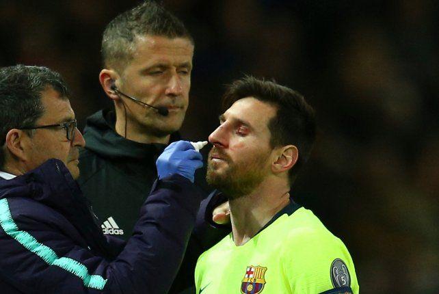 Messi sufrió un tremendo golpe y le realizarán estudios médicos