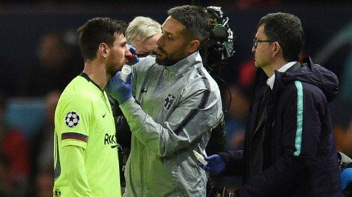 Messi salió de la cancha sangrando por un golpe