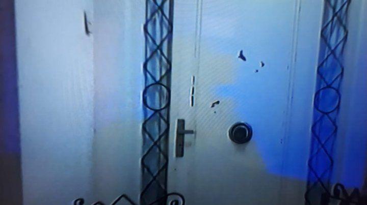 Un cuidacoches agredió en la puerta de su casa al exministro de Educación Fernando Bondesío