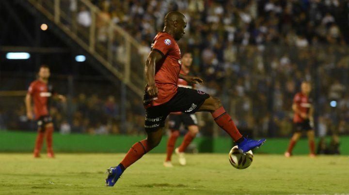 Luis Leal vuelve al equipo titular en lugar del juvenil Requena