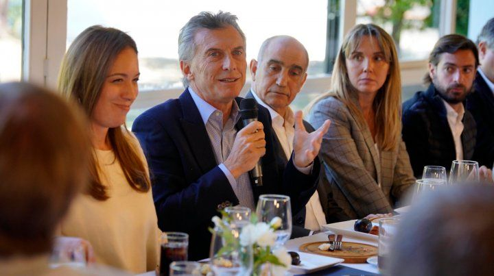 Mesa. Macri y Vidal arengaron a dirigentes oficialistas para la competencia electoral.