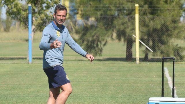 Técnico canalla. Diego Cocca buscará ante Aldosivi cambiarle la cara al equipo tras las flojas actuaciones en la Superliga y la Copa.