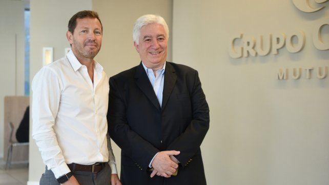 Recorrida. Germán Pugnaloni y Marcelo Collomb estuvieron en la mutual del Grupo Oroño.