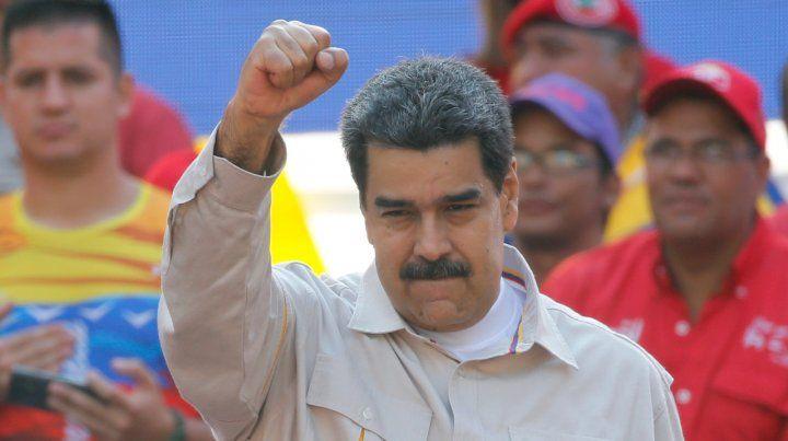 Maduro decreta asueto los viernes