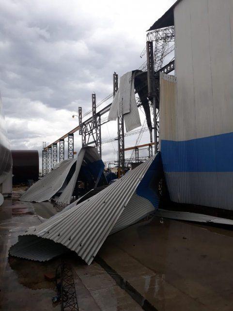 Un fuerte temporal causó importantes destrozos en Esperanza