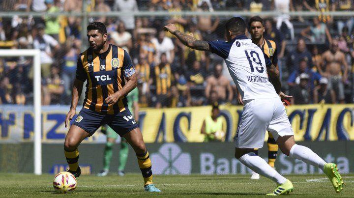 Néstor Ortigoza sigue siendo el futbolista del cual depende la generación de juego canalla.