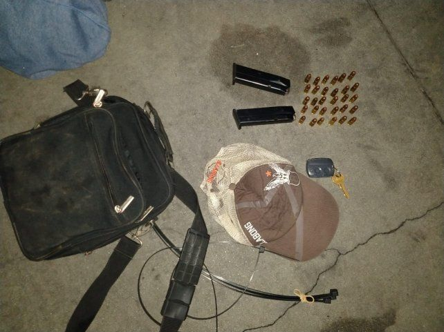 Tras una persecución y tiroteo por el centro, la policía detuvo a tres ladrones