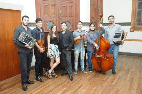 La Maleva Orquesta, a todo tango en el Atlas