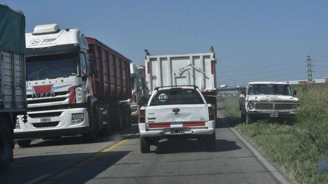 EN estos días se registra una alta congestión de camiones.