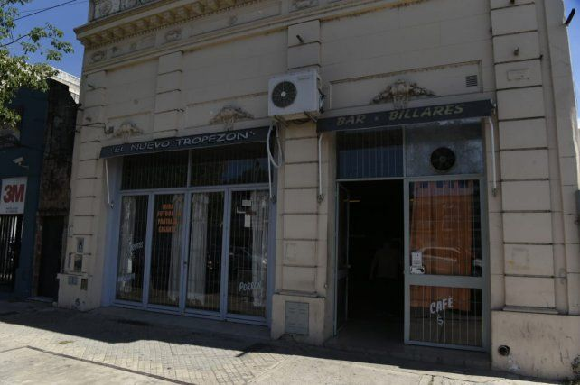 Atacaron a balazos el frente de un bar en San Martín y 27 de Febrero