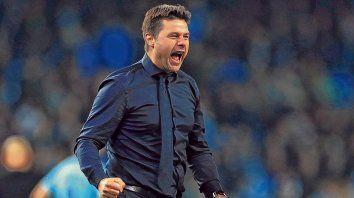 El grito de Murphy. Pochettino festejó con toda la furia la clasificación de Tottenham.