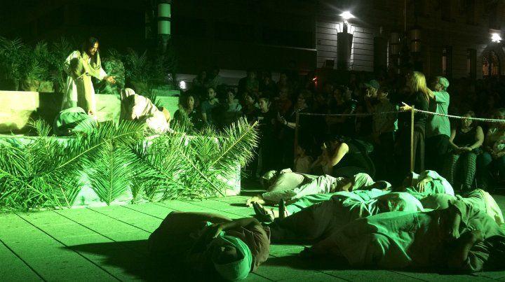 Escenas. Representaron a Jesús orando en el huerto de los olivos.