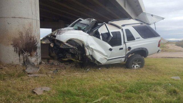 Mató a su mujer, a su suegra y luego se suicidó chocando contra un puente