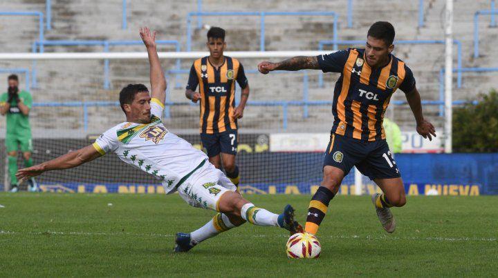 Aprovechó la chance. Rodrigo Villagra se destacó en su función de 5 de contención. Ahora el DT decidirá si sigue entre los once.