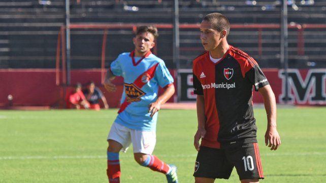 Francisco González juega de extremo.