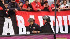 La despedida. La última pasada por el túnel de Bidoglio como entrenador de los rojinegros.