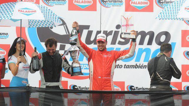 El número uno. El de Venado Tuerto se llevó los máximos puntos posibles: 40. Y los celebró en el podio.