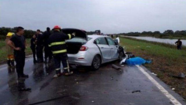 El Chevrolet Cruze habría realizado un trompo y habría quedado sobre la calzada en la mano contraria