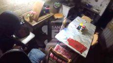 Un video muestra cómo cayó el sospechoso de matar al taxista
