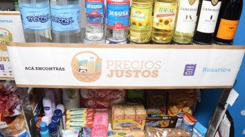 Acá. Precios Justos está disponible en más de 100 comercios de la ciudad.