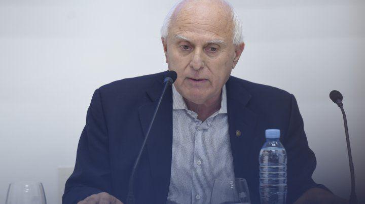 Lifschitz acusó a Macri de mandar alcahuetes a la provincia