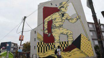 Muros que hablan. Los vecinos aportaron temas como disparadores para los diseños de los artistas.