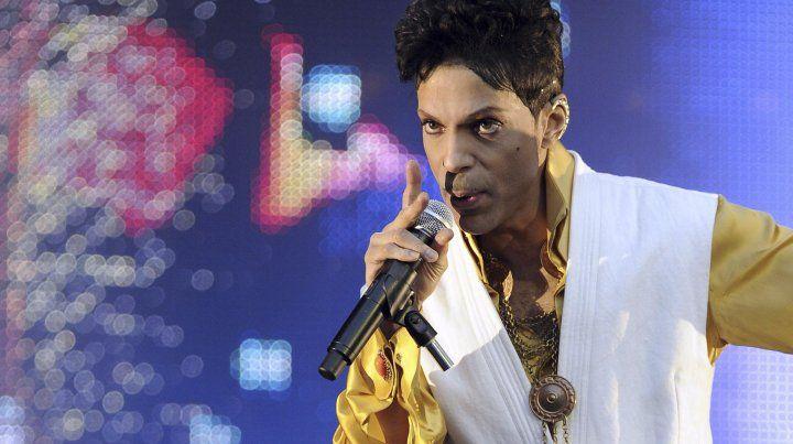 Sale a la luz un libro escrito por Prince