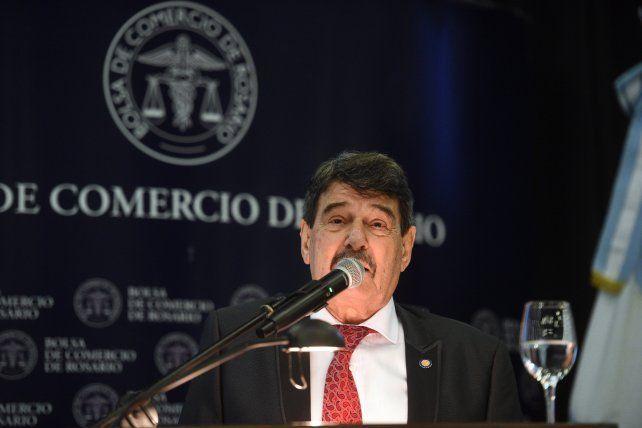 El presidente de la Bolsa tomó distancia y criticó al gobierno nacional