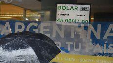 Subió el riesgo país y el dólar roza los 47 pesos