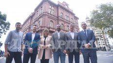 la capital reunio a seis precandidatos a intendente para la foto