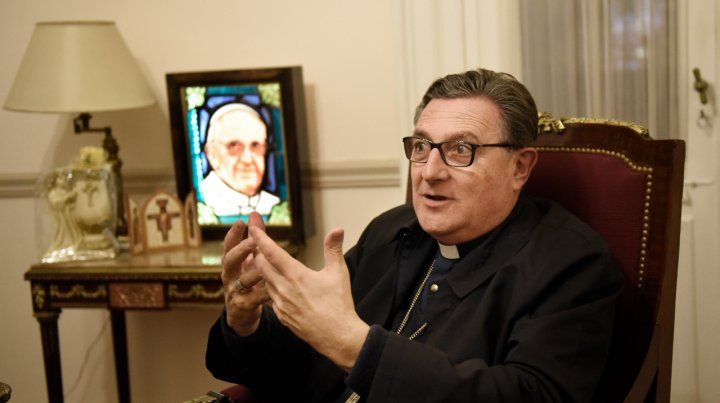Junto al Santo Padre. El referente de la diócesis rosarina estará reunido al menos dos horas con el pontífice en la Santa Sede.