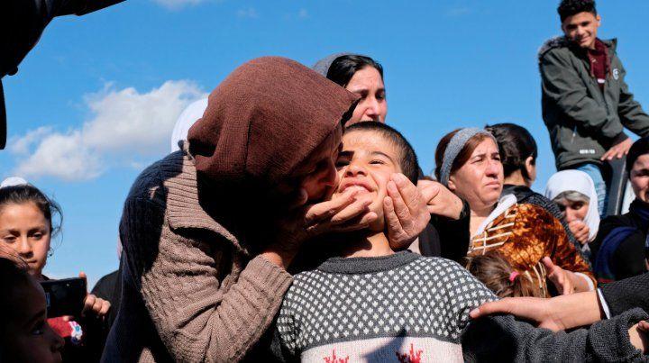 ¿Bienvenidos? Niños yazidíes regresan luego de la derrota del Isis.