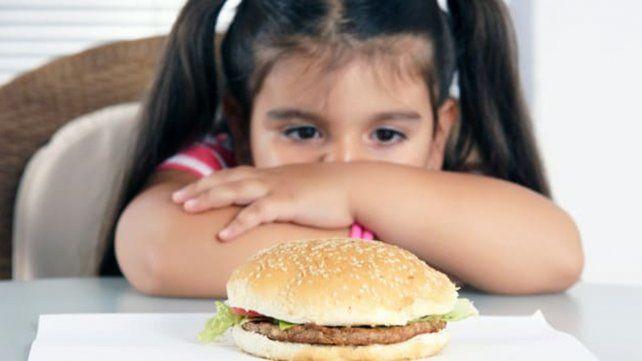 Niños, padres y médicos subestiman el sobrepeso